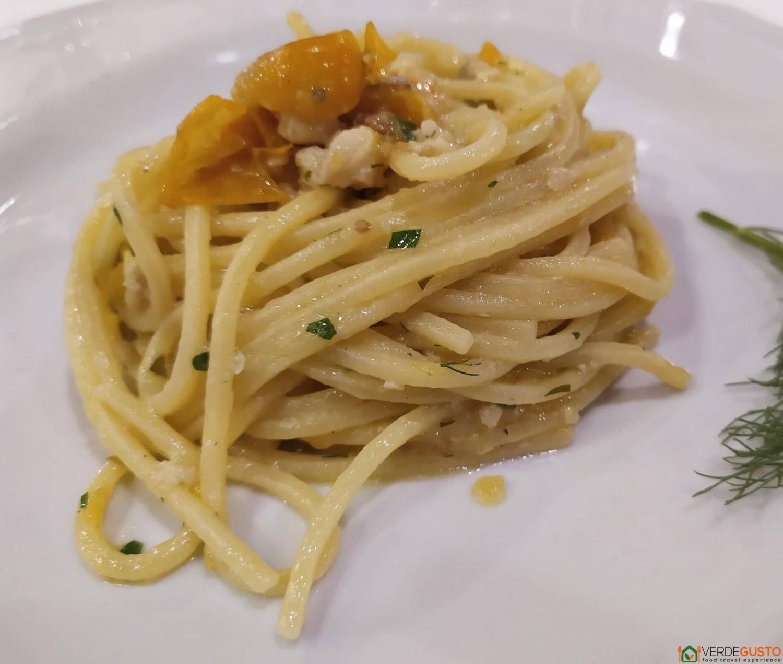 Spaghetti con ricciola, Chef Angelo Elefante - Lido Karibù, Pioppi - Cilento ©Foto Raffaele Lopardo/VerdeGusto